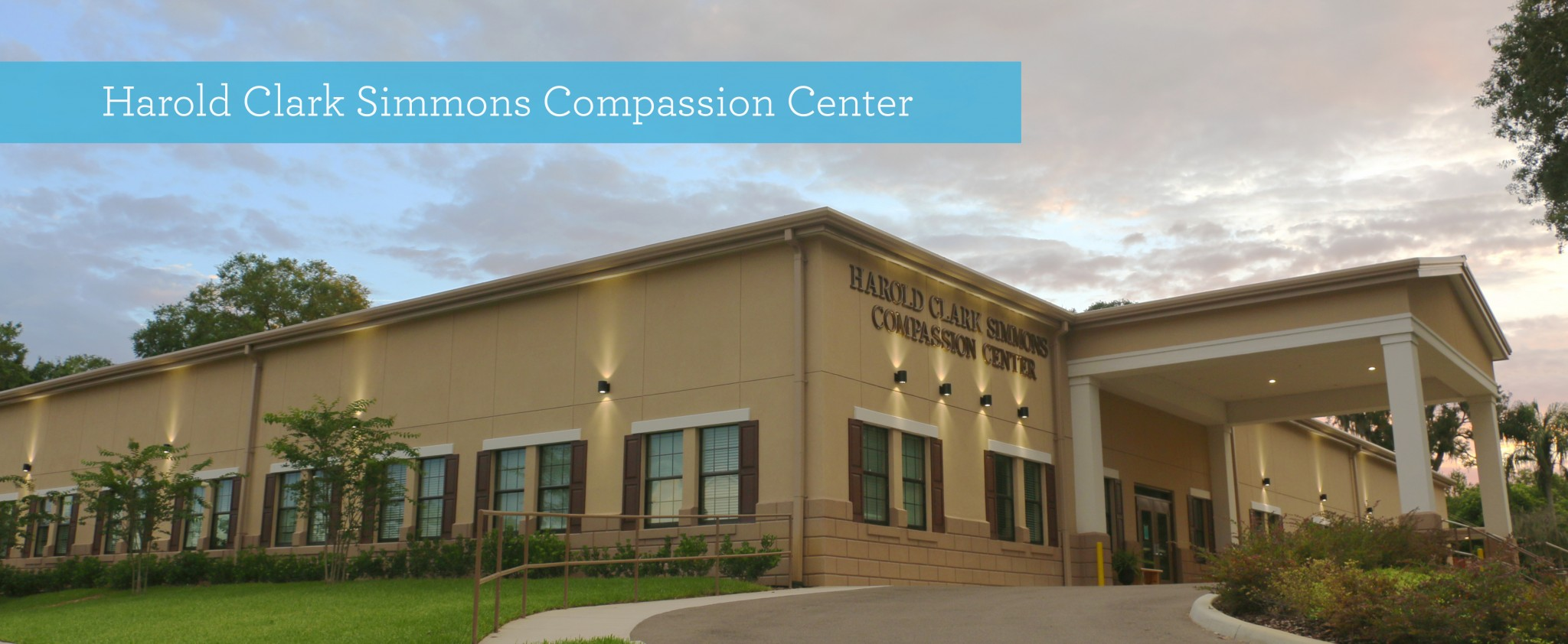 Volunteer at our Harold Clark Simmons Compassion Center